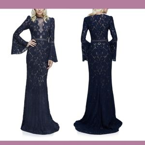 NEW Tadashi Shoji Olivier Bell Sleeve Lace Gown 14